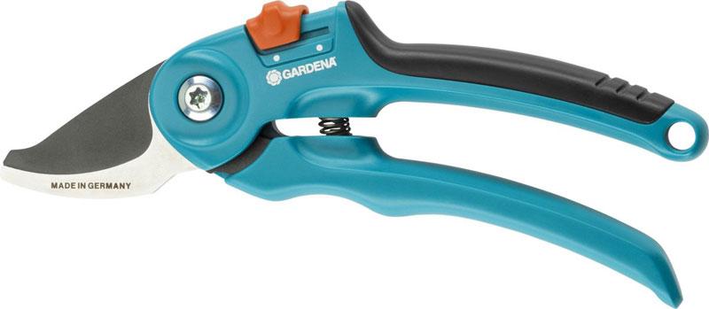 7.-GARDENA-Classic-snoeischaar---Ø-20mm_800